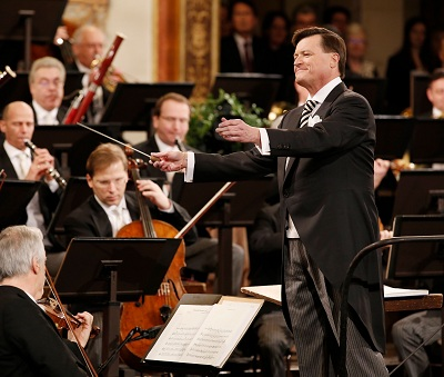 蒂勒曼携手维也纳爱乐经典呈献布鲁克纳第八交响曲