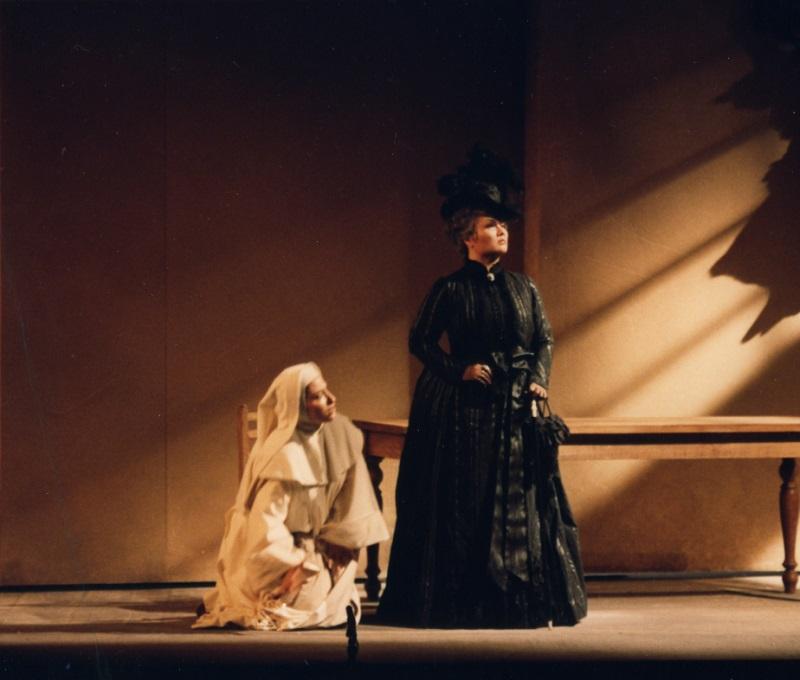 周末歌剧普契尼独幕歌剧《修女安洁丽卡》
