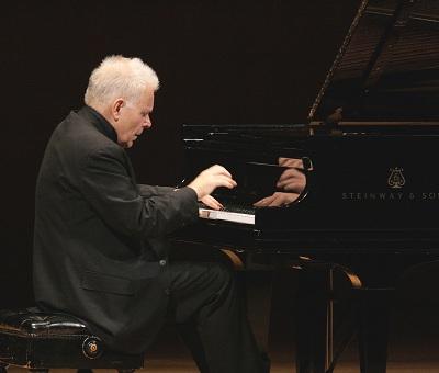 巴赫、贝多芬、勃拉姆斯 钢琴大师科瓦谢维奇独奏音乐会